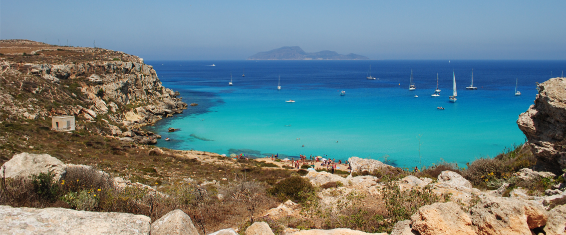 Dimora Cala del Pozzo luxury hotel in Sicily bu the beach in the Aegadian Archipelagus, island of Favignana